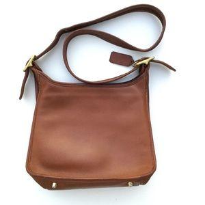 Vintage Coach Leather Shoulder Bag Brown